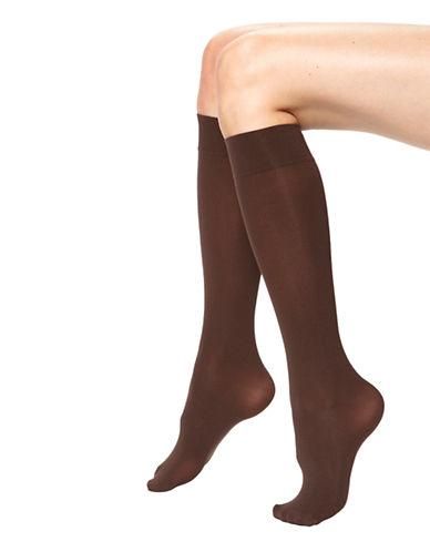 Hue Opaque Knee High-DARK BROWN-2