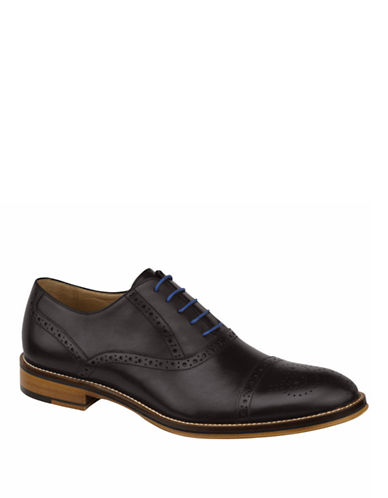Johnston & Murphy Conard Cap Toe Half Brogues-BLACK-11W