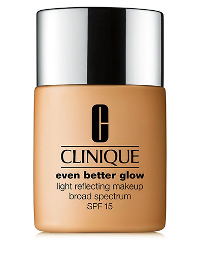 Clinique Even Better Glow Makeup SPF 15-TOASTED ALMOND-30 ml