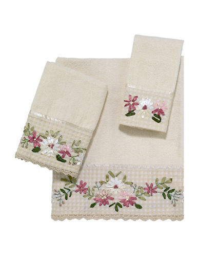 Avanti Victoria Floral Embroidered Fingertip Towel-IVORY-Finger Tip Towel