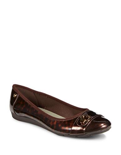 Anne Klein Azi Cap Toe Flats-BEIGE/BLACK-5.5