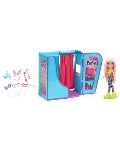 Bratz SelfieSnaps Photobooth with Cloe Doll-NO COLOUR-One Size