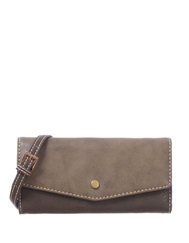 Roots 73 RFID Protection Two-Tone Clutch-GREEN-One Size