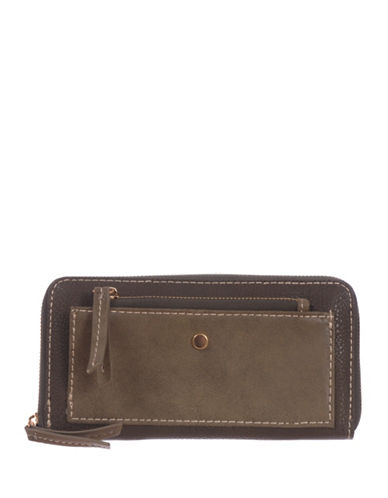 Roots 73 RFID Protection Two-Tone Zip Wallet-GREEN-One Size