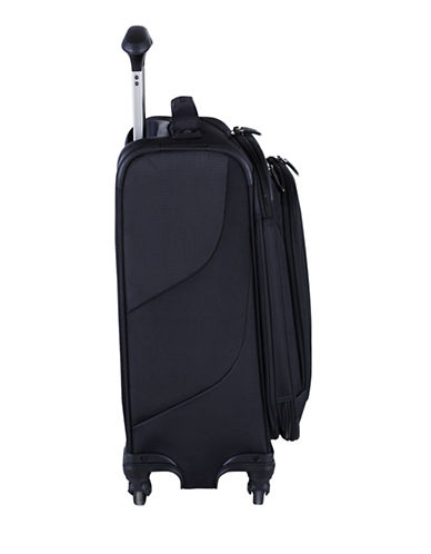 Travelpro Maxlite 4 International Carry On Spinner Rollaboard Suitcase