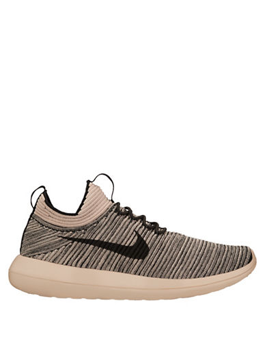 Nike Roshe Two Flyknit V2 Sneakers-BLACK-9.5
