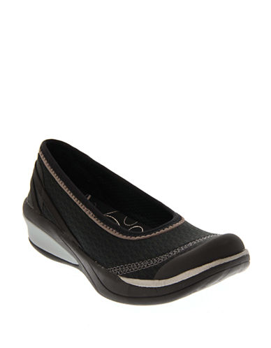 Bzees By Naturalizer Flawless Ballerina Flat-BLACK-8.5