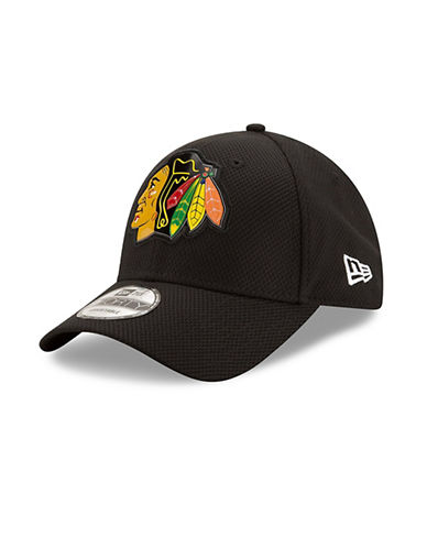 New Era Chicago Blackhawks Bevel Team Adjustable 9FORTY Cap-BLACK-One Size