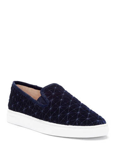 Vince Camuto Billena Quilted Sneakers-ROYAL BLUE-7.5