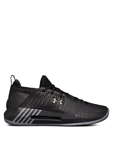 Under Armour Mens Drive Low Basketball Sneakers 90016301