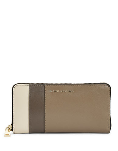 Marc Jacobs Saffiano Colourblock Continental Wallet-GREY-One Size