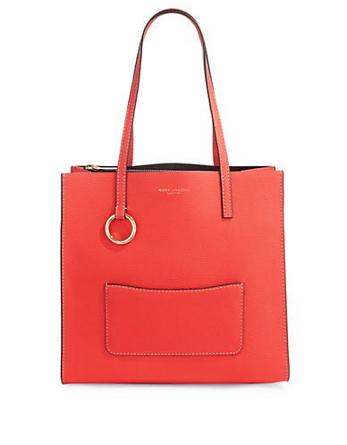 Marc Jacobs Pebbled Tote 90120734