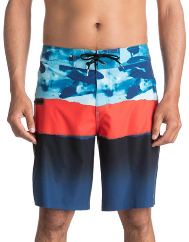 Quiksilver Blocked Resin Camo 20 Boardshorts-BLUE-32