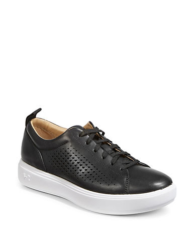 Under Armour Women's Capeside Leather Low-Top Sneakers 90050308
