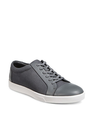 Calvin Klein Mens Igor Low-Top Sneakers 89933389