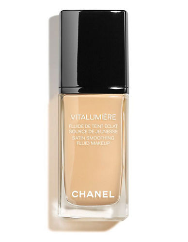 Chanel VITALUMIÈRE <br> Satin Smoothing Fluid Makeup SPF 15-30 CENDRE-30 ml