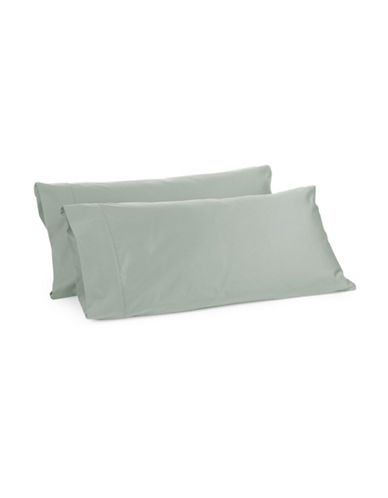 Glucksteinhome Davenport 700 Thread-Count Set of Two Egyptian Cotton Pillowcases-LIGHT GREEN-King