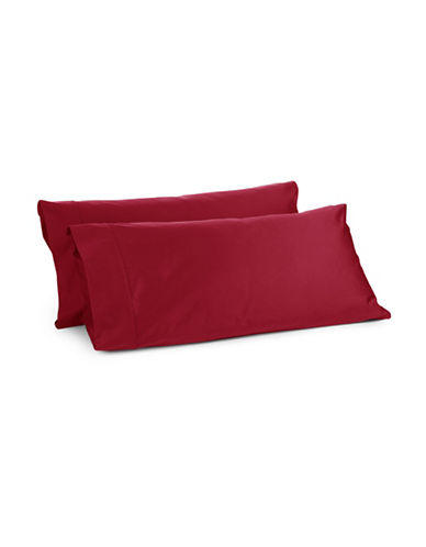 Glucksteinhome Davenport 700 Thread-Count Set of Two Egyptian Cotton Pillowcases-RED-King