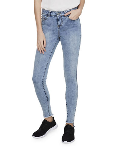 Noisy May Lucy Slim-Fit Uneven Ankle Jeans-LIGHT BLUE-27
