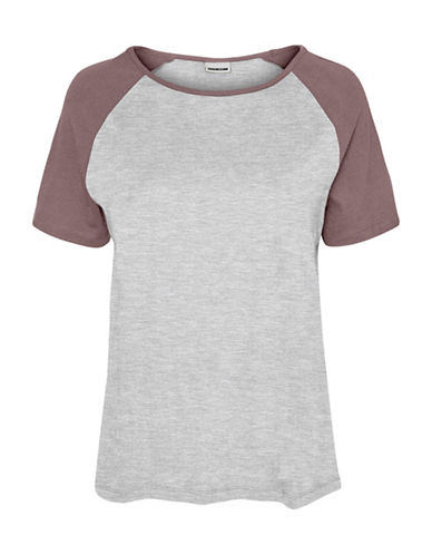 Noisy May Gradu Short Raglan Sleeve Cotton Tee-LIGHT GREY/RED-Small