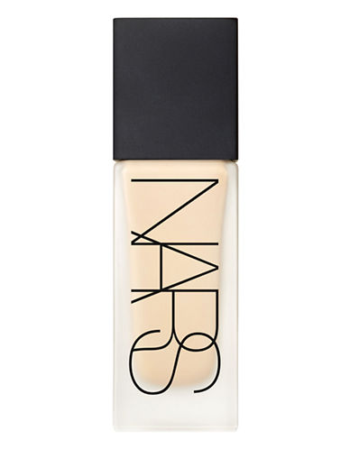 Nars All Day Luminous Weightless Foundation-FIJI-One Size