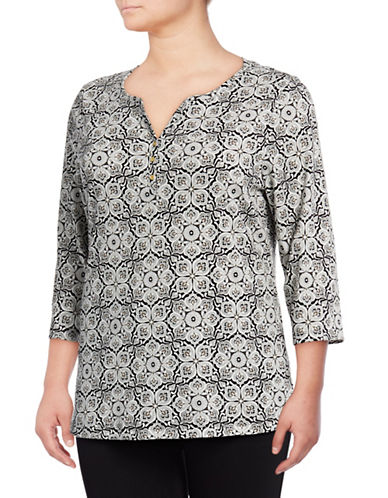 Karen Scott Plus Rosetta Print Three-Quarter Henley-BLACK-1X