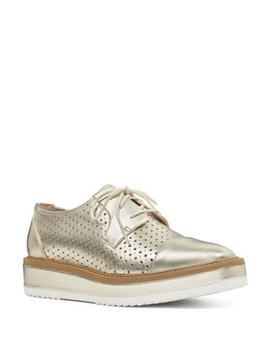 Nine West Womens Verwin Metallic Sneakers-GOLD-6.5