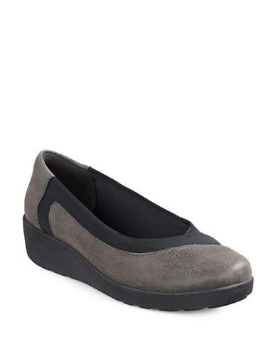 Easy Spirit Women S Explore  Ellicott Mesh Active Shoes