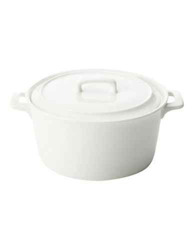 Maxwell & Williams Basics Set of Two Round Casserole Dishes-WHITE-One Size
