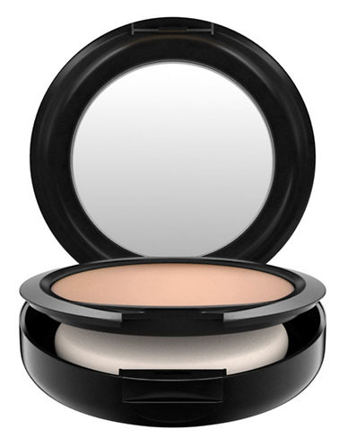 M.A.C Studio Fix Powder Plus Foundation-NW20-One Size