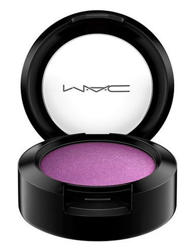 M.A.C Eye Shadow-CREME DE VIOLET-One Size