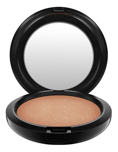 M.A.C Bronzing Powder-REFINED GOLDEN-One Size