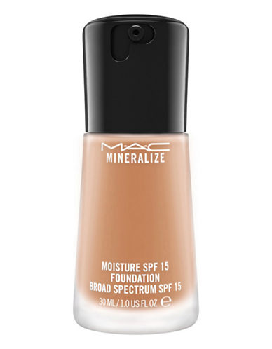 M.A.C Mineralize Moisture Foundation-NW25-One Size
