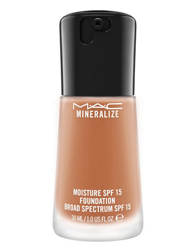 M.A.C Mineralize Moisture Foundation-NW30-One Size