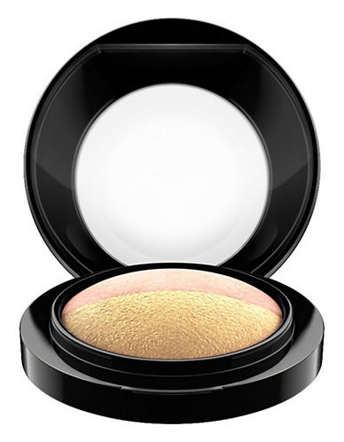 M.A.C Mineralize Eye Duo Shadow-DUAL RAYS-One Size