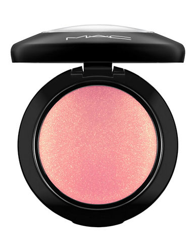 M.A.C Mineralize Blush-PETAL POWER-One Size
