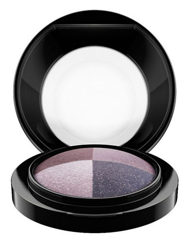 M.A.C Mineralize Eye Shadow - Quad-GREAT BEYOND-One Size