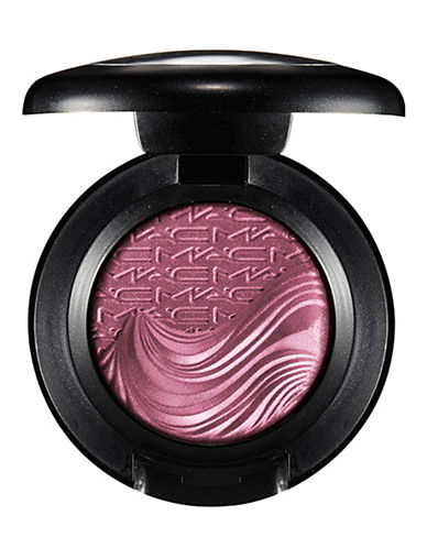 M.A.C In Extra Dimension Eye Shadow-STYLISHLY MERRY-One Size