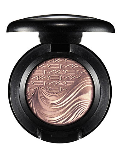 M.A.C In Extra Dimension Eye Shadow-A NATURAL FLIRT-One Size