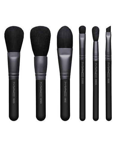 M.A.C Look in a Box Basic Brush Kit-NO COLOUR-One Size