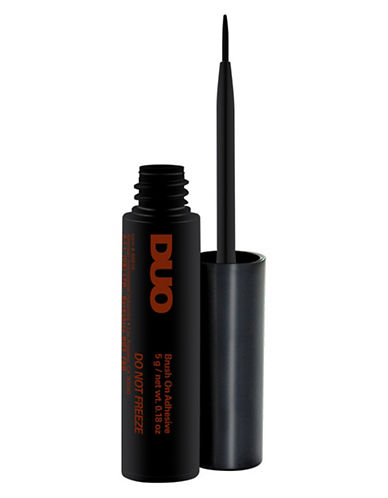M.A.C Duo Brush on Striplash Adhesive-DARK TONE-One Size