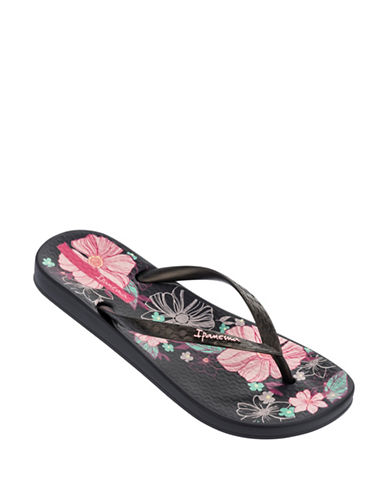 Ipanema Floral Flip Flops-BLACK-10