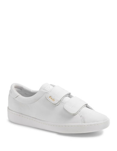 Keds Womens Ace V Leather Low Top Sneakers-WHITE-8.5