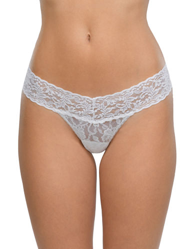 Hanky Panky Signature Lace Low-Rise Thong-MARSHMELLOW-One Size
