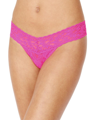 Hanky Panky Signature Lace Low-Rise Thong-PINK-One Size