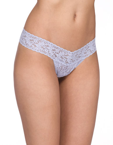 Hanky Panky Signature Lace Low-Rise Thong-DOVE-One Size