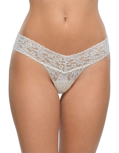 Hanky Panky Signature Lace Low-Rise Thong-WHITE-One Size
