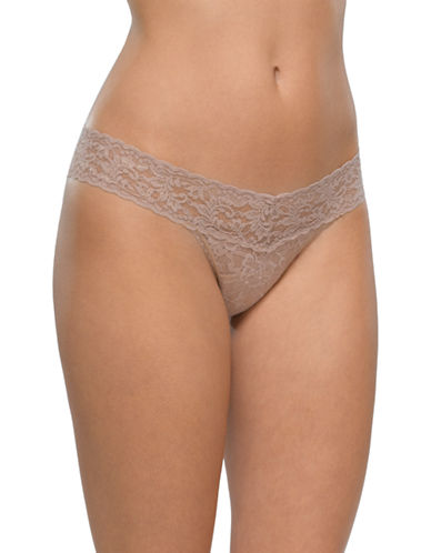Hanky Panky Signature Lace Low-Rise Thong-TAUPE-One Size