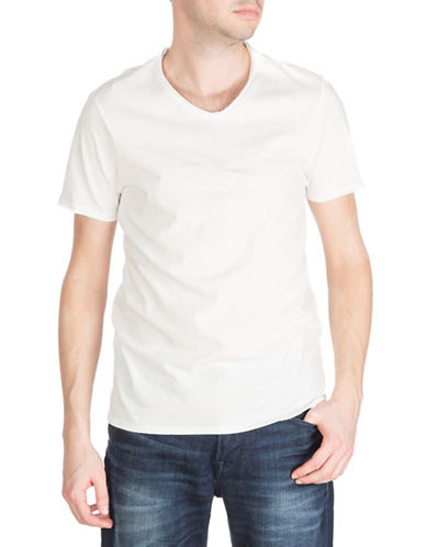 Guess Oil-Wash V-Neck T-Shirt-WHITE-X-Large