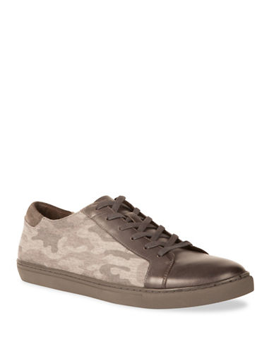 Kenneth Cole New York Camouflage Detail Low-Top Sneakers-GREY-9.5